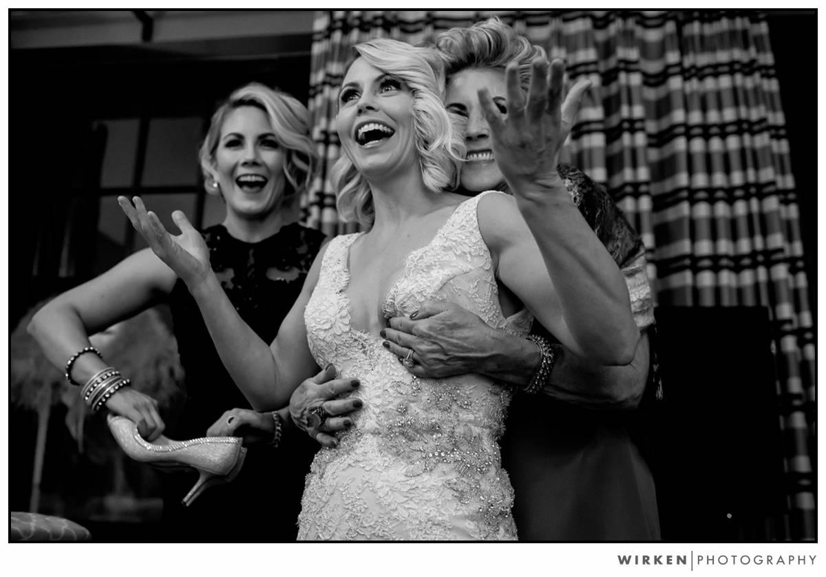 007_same_sex_kansas_city_wedding_photography_midland_theater_new_years_eve_wedding_photographer
