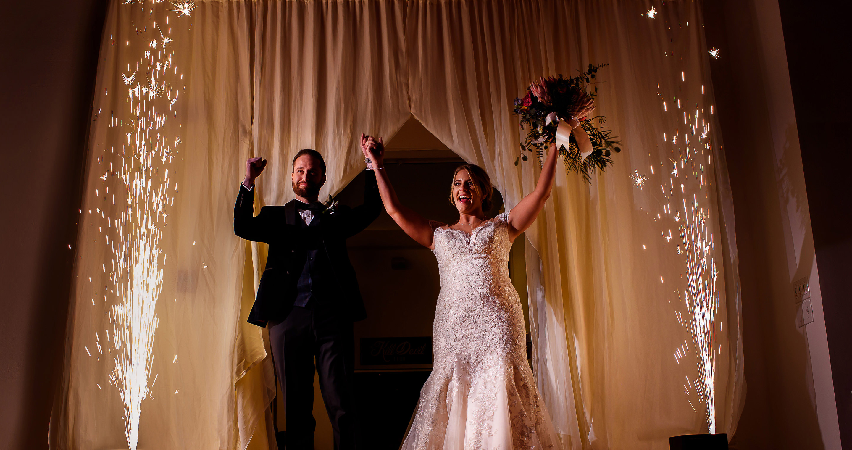 Teaser Tuesday | Leah + Ryan\'s Kansas City Wedding at The Gallery ...