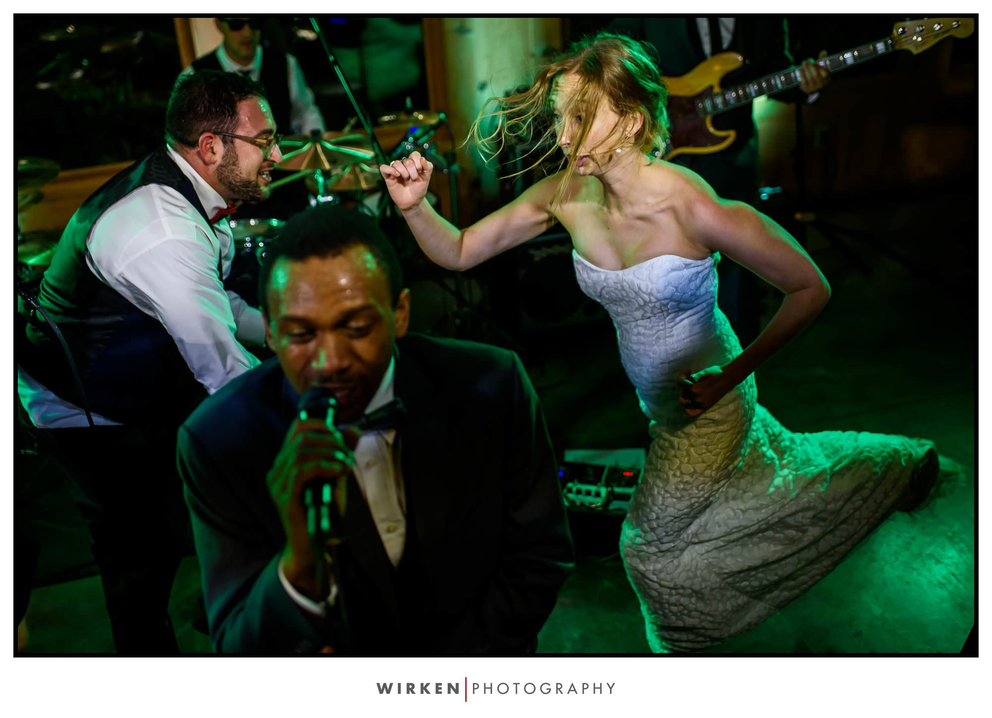 Claxton Farm Wedding dance