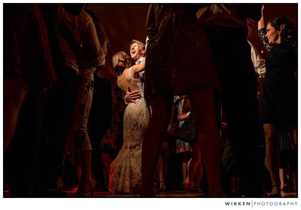 connecticut_farm_wedding_photography_tent_reception