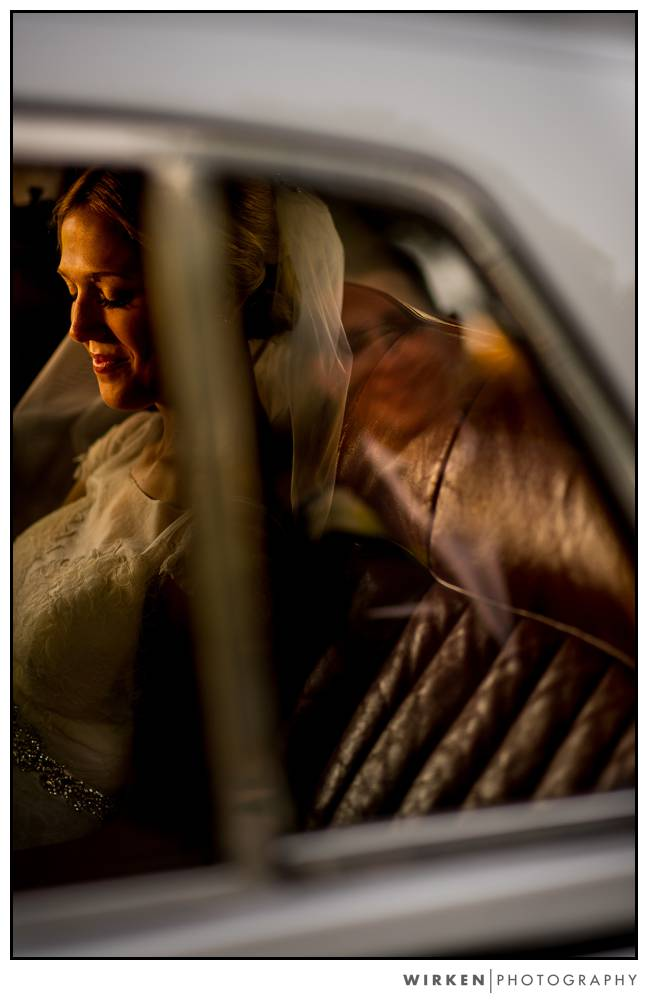 kansas_city_wedding_photographer_loose_mansion_pech_limo