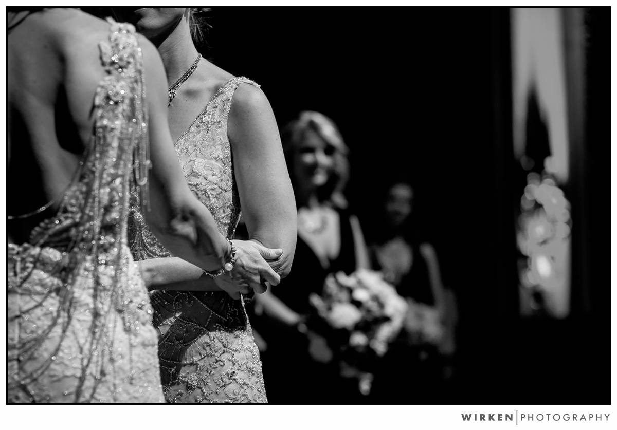 019_same_sex_kansas_city_wedding_photography_midland_theater_new_years_eve_wedding_photographer