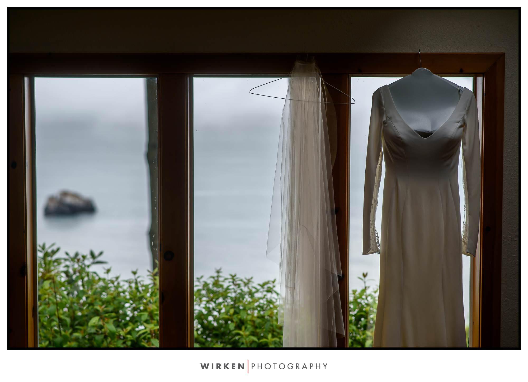 Wedding Rock Wedding Ceremony wedding dress