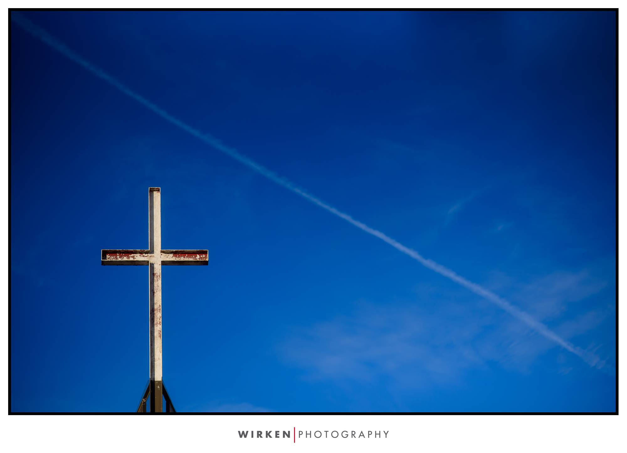 church cross at Kansas City wedding church